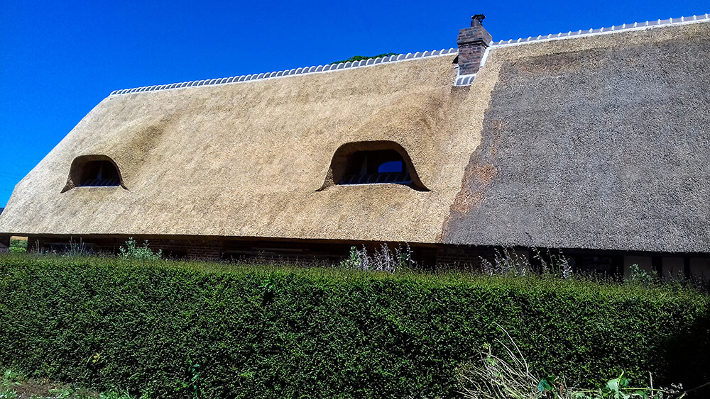 Franciaország részleges új tető nádtetőfedése